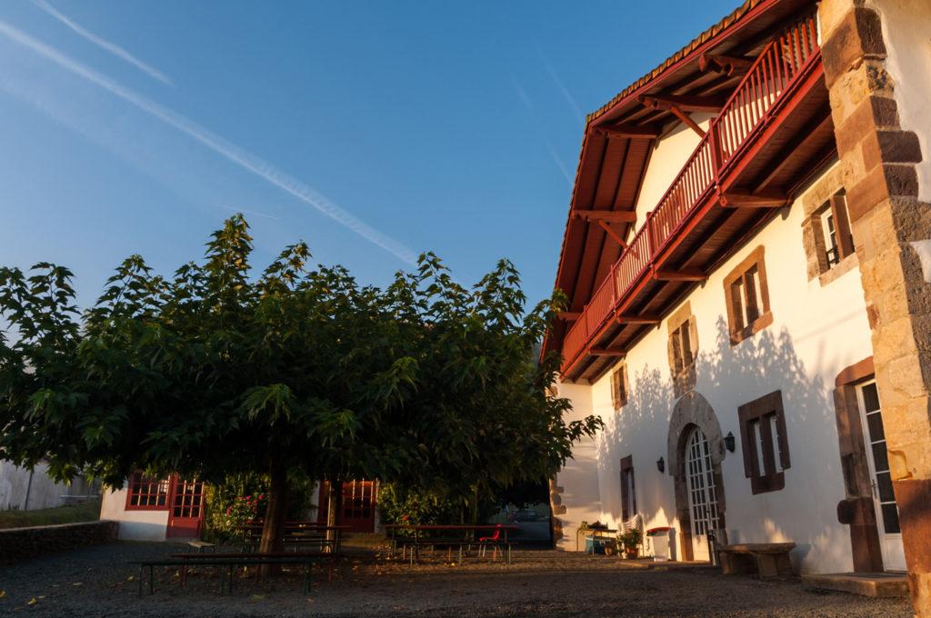 maison basque, gite au pays basque Saint Etienne de Baigorry - gîte de groupe, scolaire et jeunes